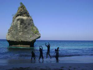 Obyek Wisata Pantai Suwehan Nusa Penida