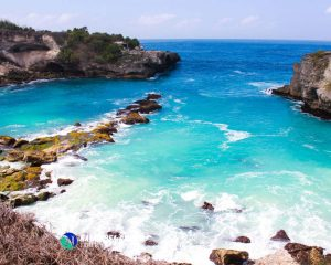 Screet Beach Nusa Ceningan