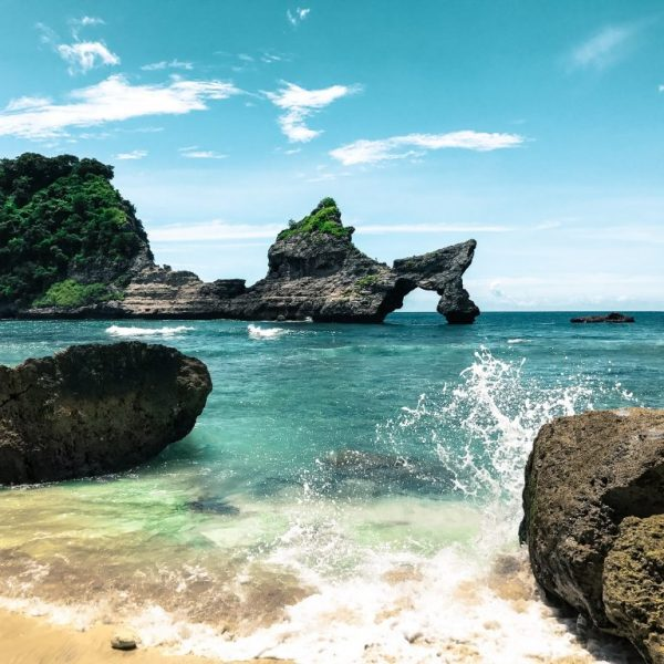 atuh Beach Nusa Penida best tour